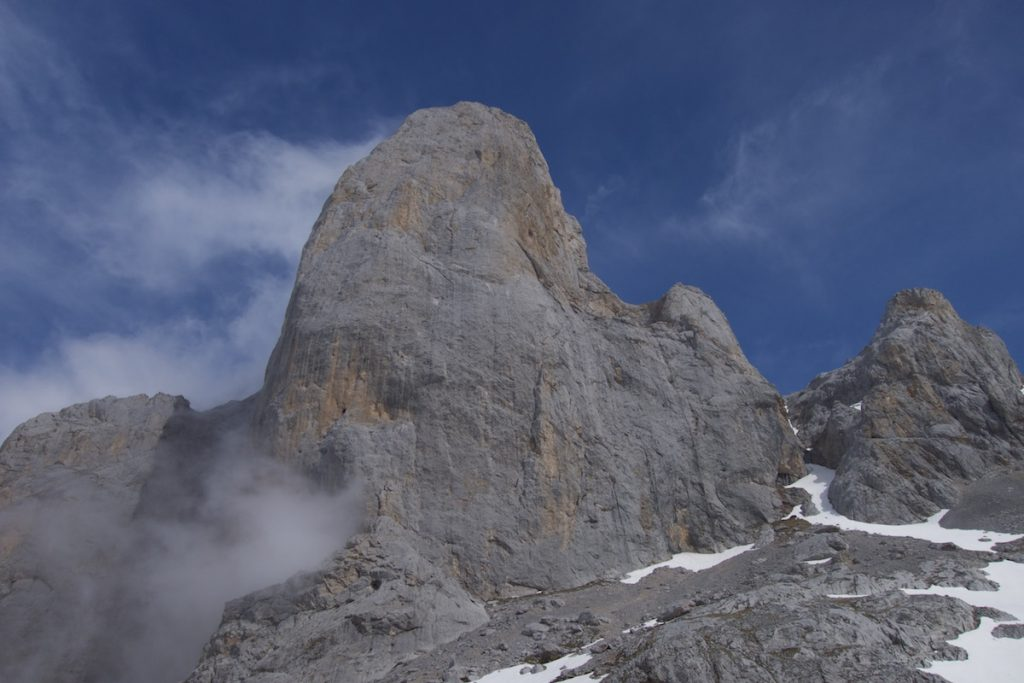 The West Face of the Naranga Del Bulnes, The Rabada-Navaro a classic route with two 6c pitches low down followed by nothing harder than 6a on the 14 pitches top the top.