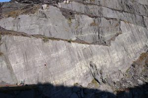 Kate Carothers on Looning the Tube a classic HVS/E1 route in Australia, Dinorwig Slate Quarries.