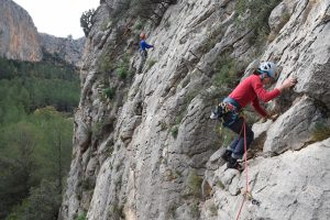 Senor Nesbit Rides Again, 5a, at Sella.